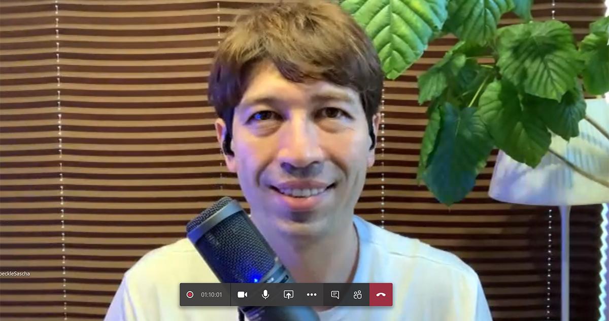 音が良いとビデオ会議でも発言力UP! ラジオDJサッシャさんにおすすめマイクを聞いてみた (1/4) - Phile-web