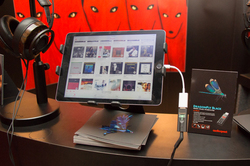CES>AudioQuest、「DRAGONFLY RED」- 64bitデジタルボリューム