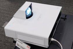 Epson プロジェクター
